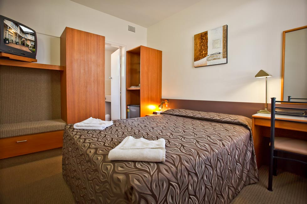 Abbotsleigh Motor Inn Armidale has a range of comfortable rooms to suit your every need